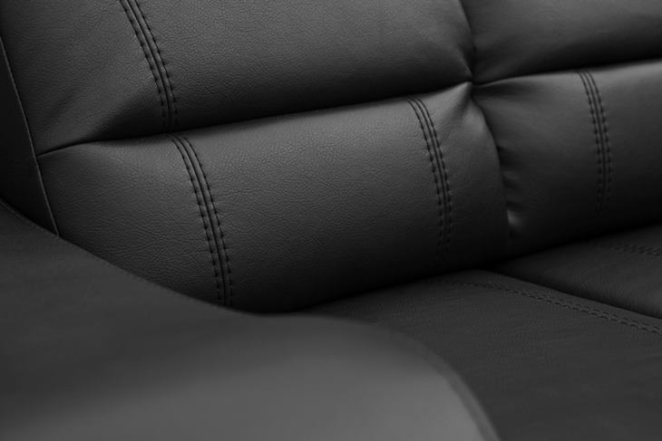 Sofa do salonu Wines detal ujęcie drugie